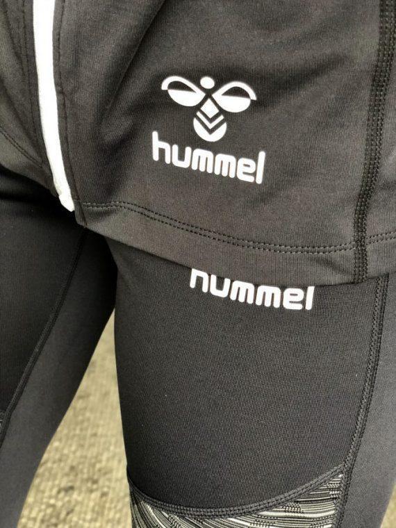 hummel-hml-isla-treningsjakke-dame Johanne close up