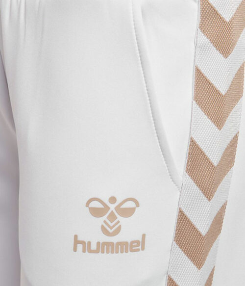 Hummel Maria pants closeup
