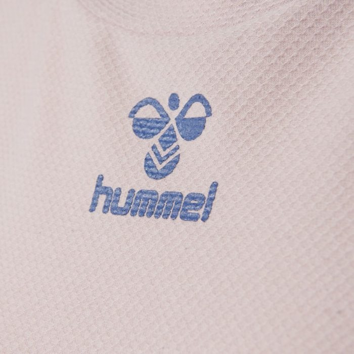 Hummel frame genser close up