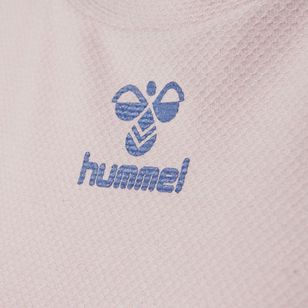 Hummel frame genser close up