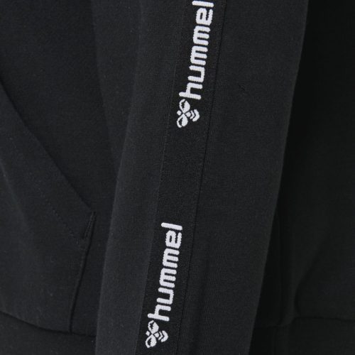 Hummel vela zip hoodie close up logo